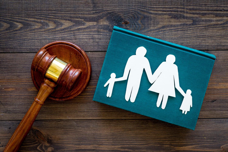 وکیل خانوادگی